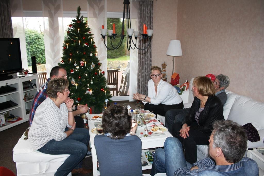 Silvester-Lunch mit Plaudereien unter dem Tannenbaum