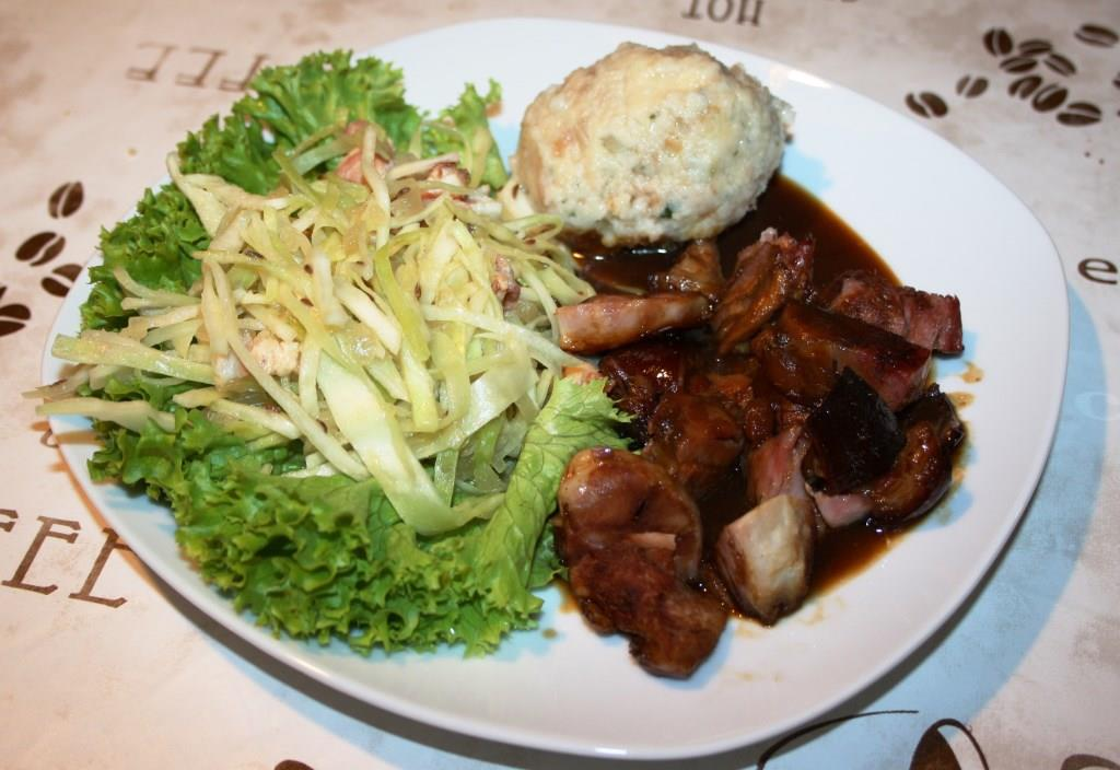 Haxen-Fleisch mit Biersauce
