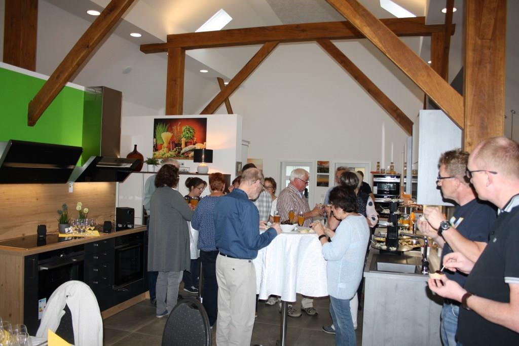 Erster Smalltalk bei Andalö und Fingerfood