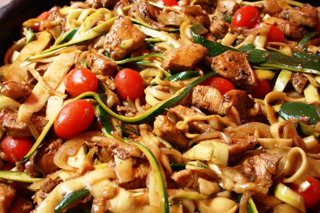 Hähnchenbrustfilet mti Zucchini-Spaghetti