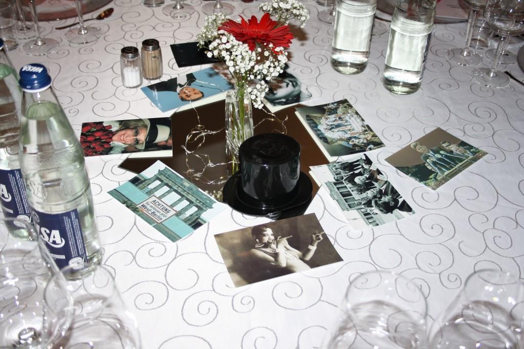Tischdeko mit Fotos von Berlin und Berlinern