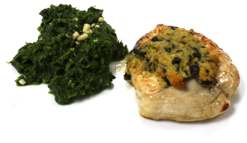 Hähnchen-Brustfilet mit Oliven-Senf-Kruste und Knoblauchspinat